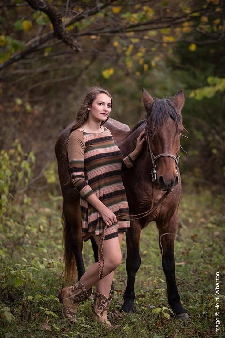 Shutter Magazine Inspirations | Senior Photography | Image by Heidi Wharton