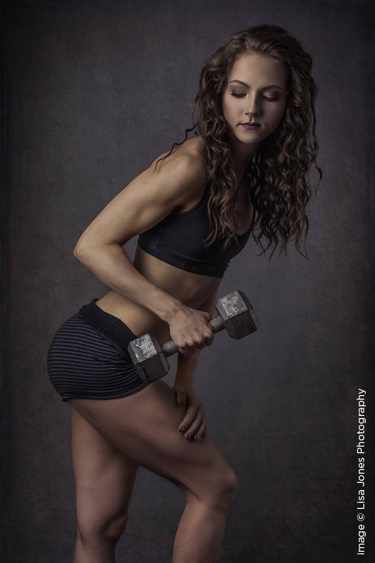 Shutter Magazine Inspirations | Senior Photography | Image by Lisa Jones Photography