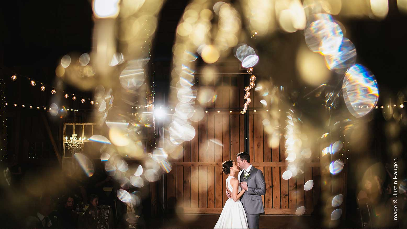 5 Ways to Use Off-Camera Light on a Wedding Day