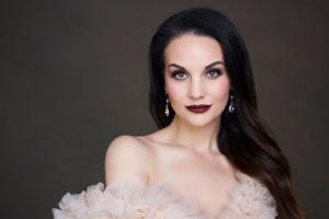 3 Setups for Soft Light Beauty Portraits